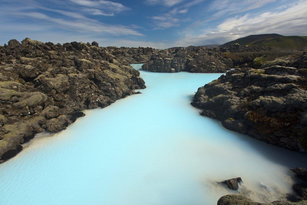 アイスランド The Blue Lagoon - Iceland shutterstock_338269172