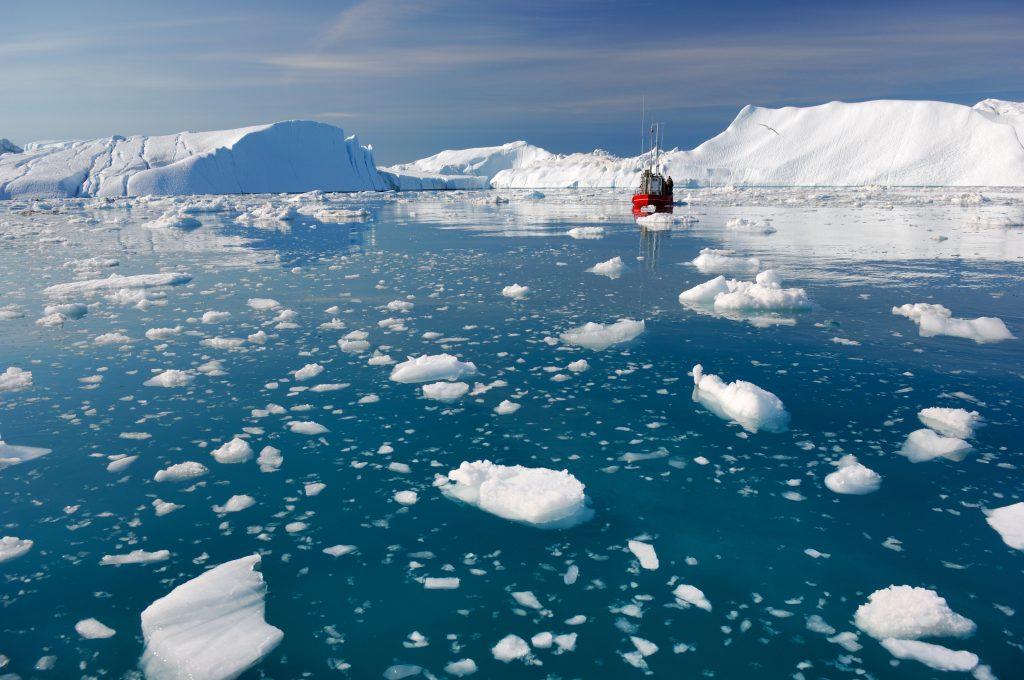 グリーンランド 3 shutterstock_111476657