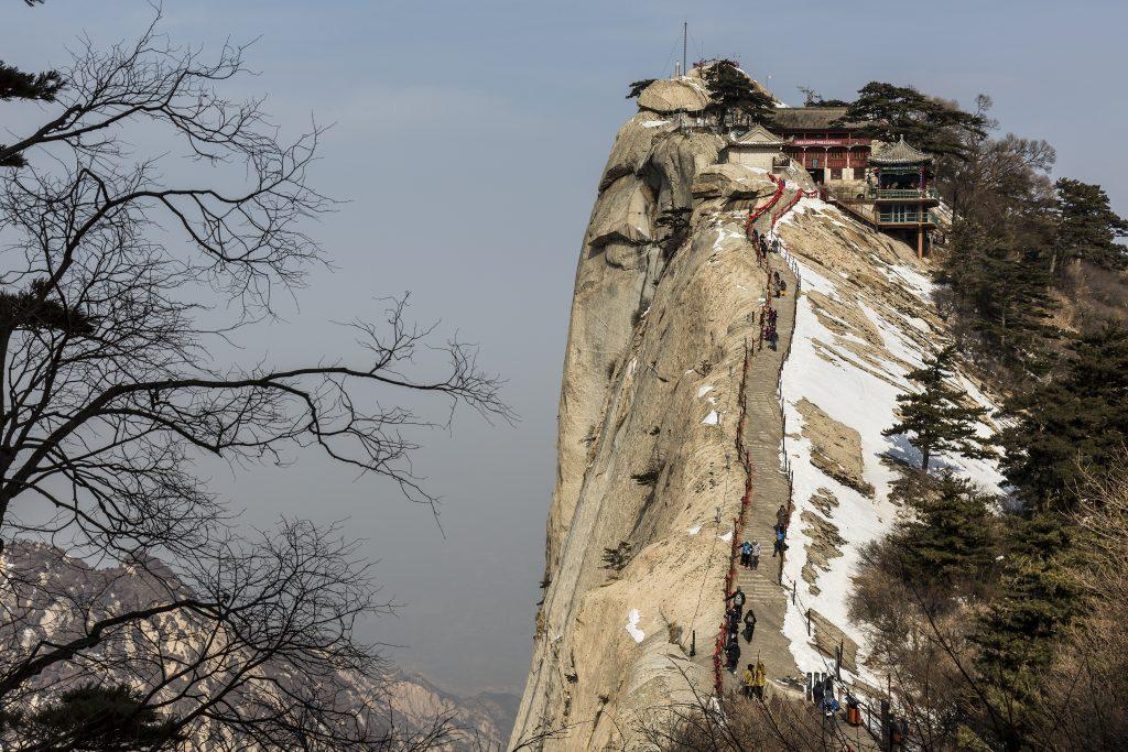 華山 7 shutterstock_374146624